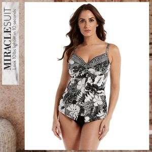 🔥🌼🌺NWT MIRACLESUIT CASTAWAY LOVE KNOT TOP